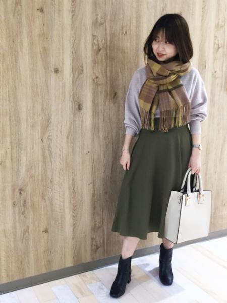 N. Natural Beauty Basic*のスモーキーフレアミモレスカートIIを使ったコーディネートを紹介します。|Rakuten Fashion(楽天ファッション/旧楽天ブランドアベニュー)1058489