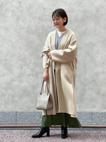IENAのサテンワッシャータックスカート◆を使ったコーディネートを紹介します。|Rakuten Fashion(楽天ファッション/旧楽天ブランドアベニュー)1058635