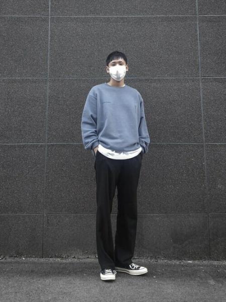VIVASTUDIOのVIVASTUDIO/(U)NEW CORPORATE CREWNECKを使ったコーディネートを紹介します。|Rakuten Fashion(楽天ファッション/旧楽天ブランドアベニュー)1058720