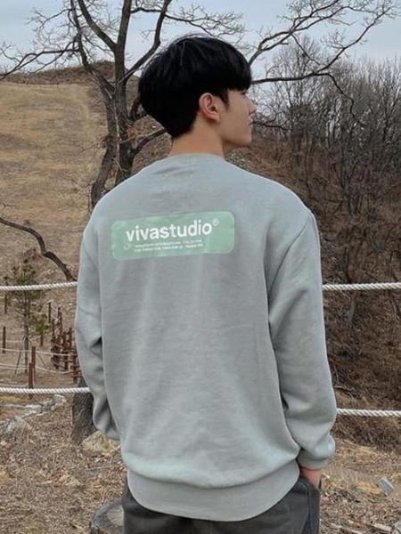 VIVASTUDIOのVIVASTUDIO/(U)BOX LOGO CREWNECKを使ったコーディネートを紹介します。|Rakuten Fashion(楽天ファッション/旧楽天ブランドアベニュー)1058749