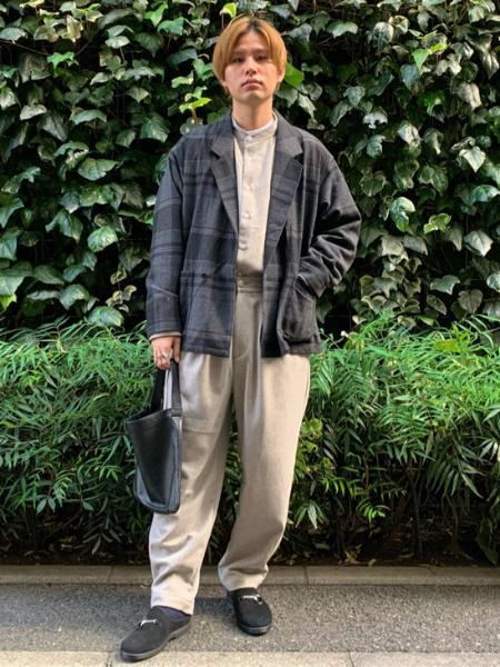 JOURNAL STANDARD relumeの【DEUX TIERS / ドゥティエール】別注 ONE HANDLE TOTE Sを使ったコーディネートを紹介します。 Rakuten Fashion(楽天ファッション/旧楽天ブランドアベニュー)1058823