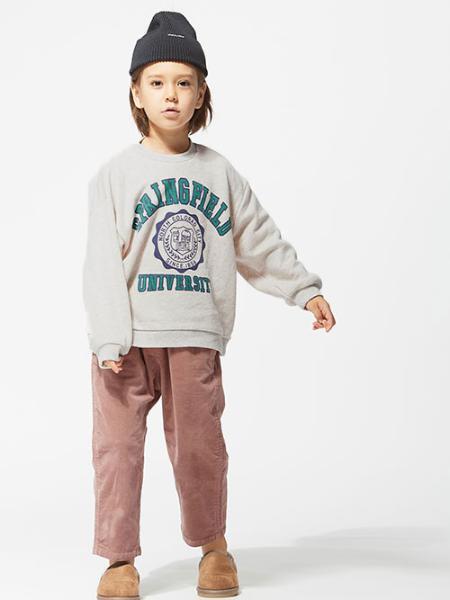 F.O.Online Storeのカラーニット帽を使ったコーディネートを紹介します。|Rakuten Fashion(楽天ファッション/旧楽天ブランドアベニュー)1058852