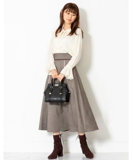 JILLSTUARTの◆ツイードロングスカートを使ったコーディネートを紹介します。|Rakuten Fashion(楽天ファッション/旧楽天ブランドアベニュー)1058930