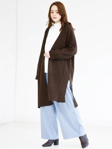 MK MICHEL KLEINの【洗える】シームレス ロングニットカーディガンを使ったコーディネートを紹介します。|Rakuten Fashion(楽天ファッション/旧楽天ブランドアベニュー)1059111