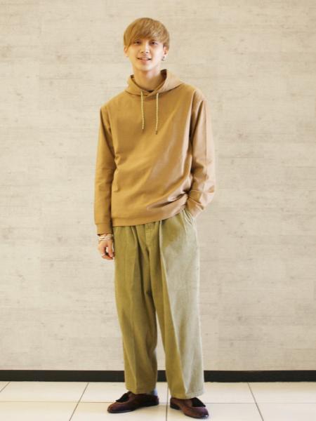JOURNAL STANDARDの【GRAMICCI for JS / グラミチ】別注 DUALWARM パーカーを使ったコーディネートを紹介します。 Rakuten Fashion(楽天ファッション/旧楽天ブランドアベニュー)1059470