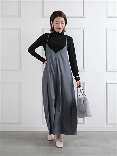 clearのワイドサロペットを使ったコーディネートを紹介します。 Rakuten Fashion(楽天ファッション/旧楽天ブランドアベニュー)1059800