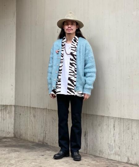BEAMS MENのBEAMS / アニマル イージー レギュラーカラーシャツを使ったコーディネートを紹介します。|Rakuten Fashion(楽天ファッション/旧楽天ブランドアベニュー)1060082