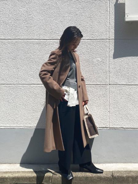 CAST:のノーカラーチェスターコートを使ったコーディネートを紹介します。|Rakuten Fashion(楽天ファッション/旧楽天ブランドアベニュー)1060437