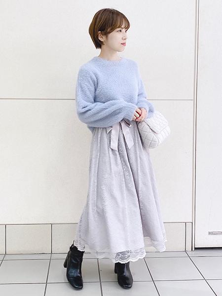 MISCH MASCHの繊細レースロングスカートを使ったコーディネートを紹介します。|Rakuten Fashion(楽天ファッション/旧楽天ブランドアベニュー)1061376