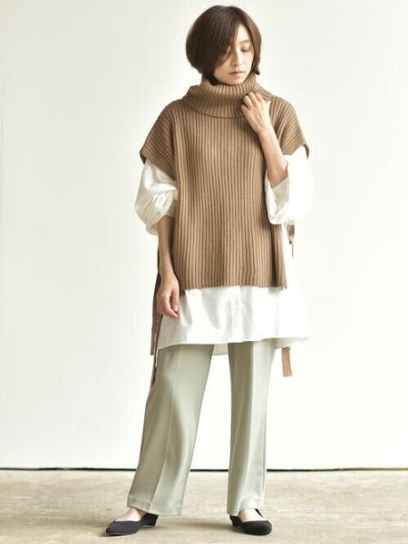 rpsの(W)サイドリボンタートルリブニットベストを使ったコーディネートを紹介します。|Rakuten Fashion(楽天ファッション/旧楽天ブランドアベニュー)1061460