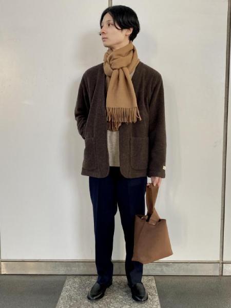 ADAM ET ROPE'のサスティナブル カシミア混ハンティングジャケット/ノーカラー/セットアップ対応を使ったコーディネートを紹介します。|Rakuten Fashion(楽天ファッション/旧楽天ブランドアベニュー)1061488