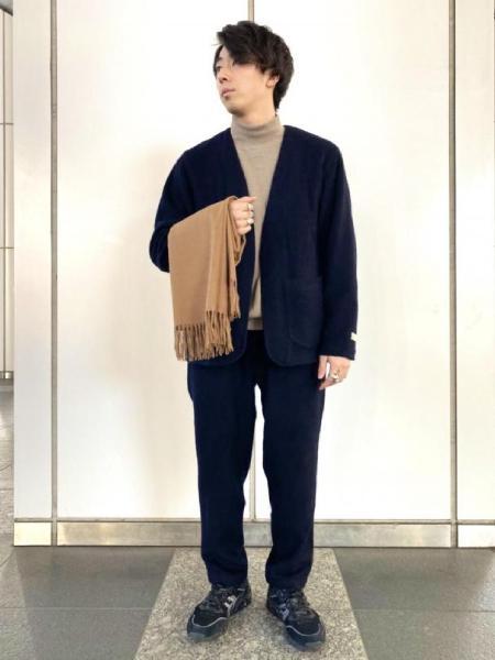 ADAM ET ROPE'のサスティナブル カシミア混ワイドイージーパンツ/セットアップ対応を使ったコーディネートを紹介します。 Rakuten Fashion(楽天ファッション/旧楽天ブランドアベニュー)1061530