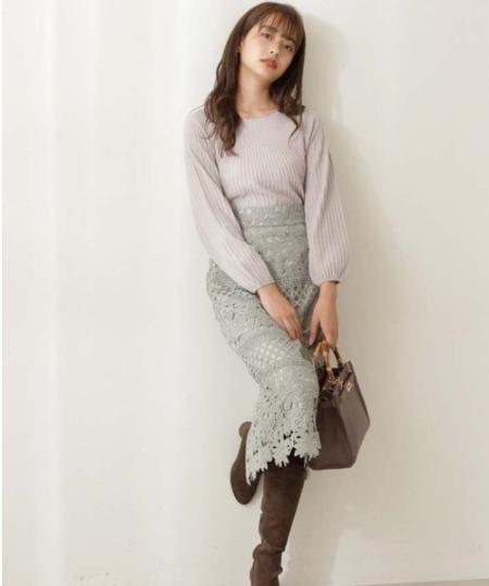 PROPORTION BODY DRESSINGの求心ボリュームスリーブニットを使ったコーディネートを紹介します。|Rakuten Fashion(楽天ファッション/旧楽天ブランドアベニュー)1061680