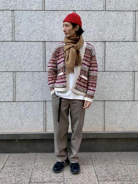 ADAM ET ROPE'の【THE INOUE BROTHERS】別注 大判マフラーを使ったコーディネートを紹介します。|Rakuten Fashion(楽天ファッション/旧楽天ブランドアベニュー)1061729