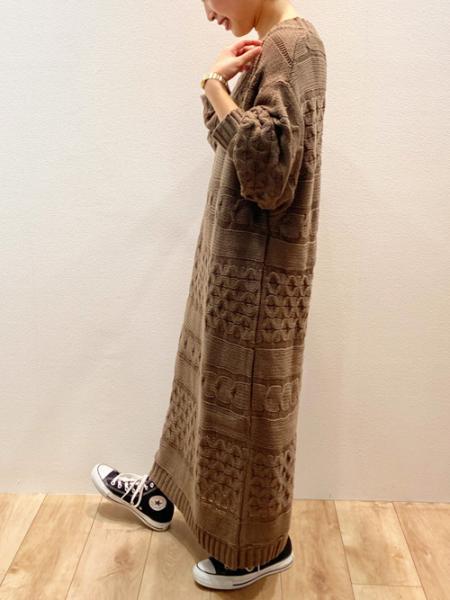 Bou Jeloudのヨコアミケーブルニットニットワンピースを使ったコーディネートを紹介します。|Rakuten Fashion(楽天ファッション/旧楽天ブランドアベニュー)1061929