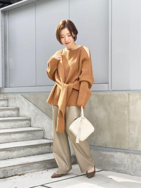 NOBLEの5Gフロントクロスニットを使ったコーディネートを紹介します。 Rakuten Fashion(楽天ファッション/旧楽天ブランドアベニュー)1062262