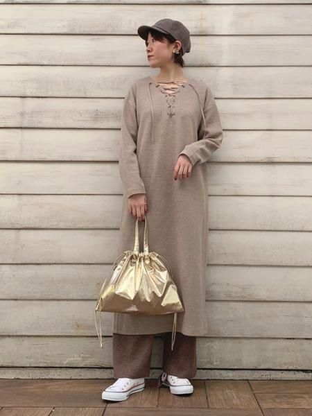 collexの巾着メタリックバッグminiを使ったコーディネートを紹介します。|Rakuten Fashion(楽天ファッション/旧楽天ブランドアベニュー)1062590
