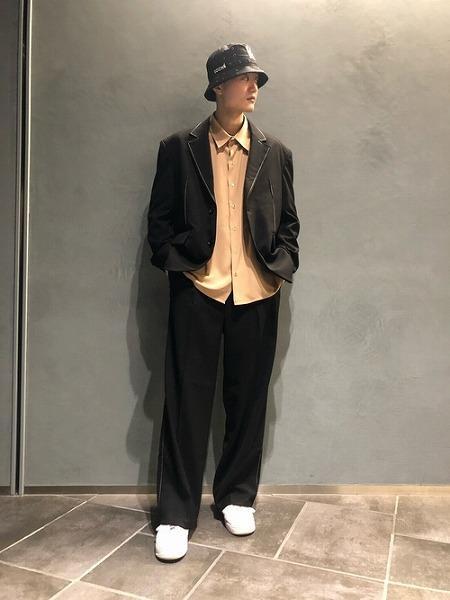 LHPのADD SEOUL/アド ソウル/CONTRAST STITCH WIDE SLACKS/コントラストステッチワイドスラックスパンツを使ったコーディネートを紹介します。|Rakuten Fashion(楽天ファッション/旧楽天ブランドアベニュー)1062924