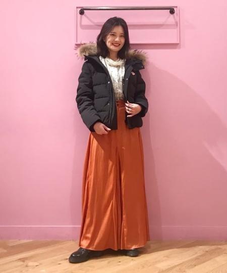 BEAMS WOMENのDr.Martens × Ray BEAMS / 別注 パテント 3eyeを使ったコーディネートを紹介します。 Rakuten Fashion(楽天ファッション/旧楽天ブランドアベニュー)1065082