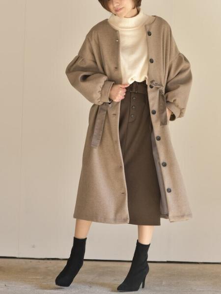 rpsの(W)ウエストシャーリングノーカラーボリュームコートを使ったコーディネートを紹介します。 Rakuten Fashion(楽天ファッション/旧楽天ブランドアベニュー)1065240