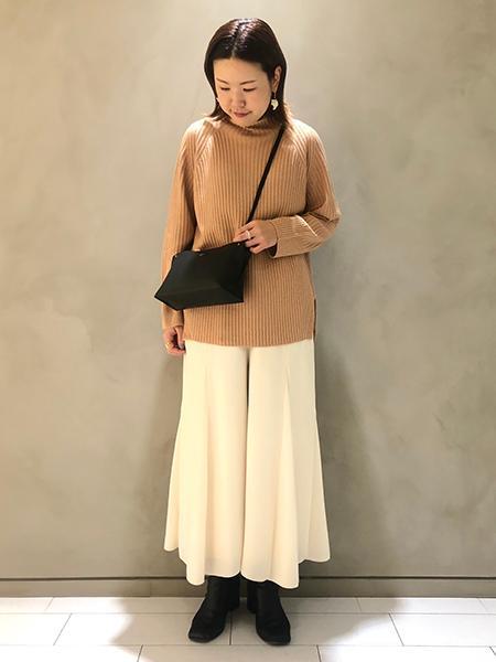 qualiteの【セットアップ対応】ピーチピケフレアーパンツを使ったコーディネートを紹介します。|Rakuten Fashion(楽天ファッション/旧楽天ブランドアベニュー)1066342