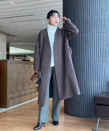 LAKOLEの(W)レザーチョウスクエアSDを使ったコーディネートを紹介します。|Rakuten Fashion(楽天ファッション/旧楽天ブランドアベニュー)1066524