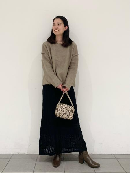 LAKOLEの(W)レザーチョウスクエアSDを使ったコーディネートを紹介します。|Rakuten Fashion(楽天ファッション/旧楽天ブランドアベニュー)1066540