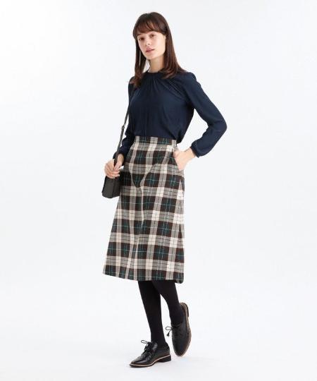 MACKINTOSH PHILOSOPHYのデシンコンビプルオーバーを使ったコーディネートを紹介します。|Rakuten Fashion(楽天ファッション/旧楽天ブランドアベニュー)1068634