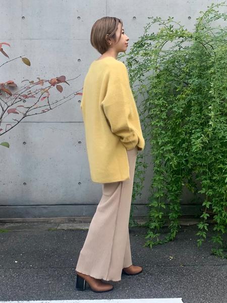 FROM FIRST MUSEEのステッチリブパンツを使ったコーディネートを紹介します。|Rakuten Fashion(楽天ファッション/旧楽天ブランドアベニュー)1068681