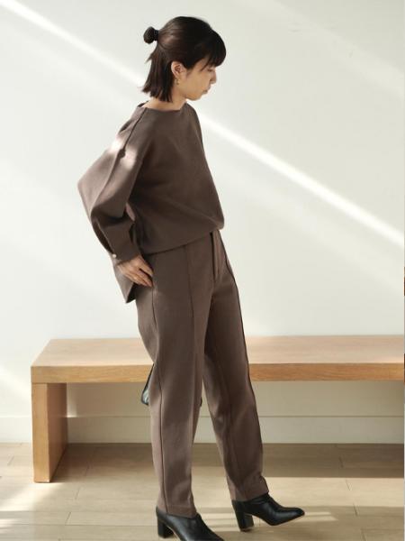 ROPE' PICNICの【Marisol ONLINE / 美女組Akaneさんコラボ】メタル釦タックパンツを使ったコーディネートを紹介します。|Rakuten Fashion(楽天ファッション/旧楽天ブランドアベニュー)1069025