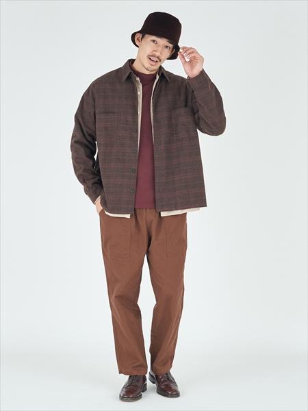 ANTIQULOTHESの(M)ウインターコットン/レギュラーフィットモックネック長袖Tを使ったコーディネートを紹介します。|Rakuten Fashion(楽天ファッション/旧楽天ブランドアベニュー)1061536