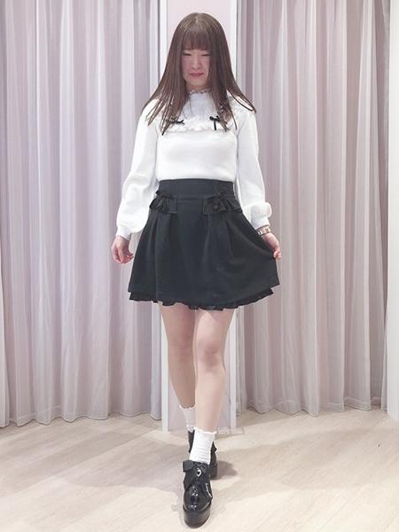 LODISPOTTOのエナメルハートリボンシューズを使ったコーディネートを紹介します。 Rakuten Fashion(楽天ファッション/旧楽天ブランドアベニュー)1070588