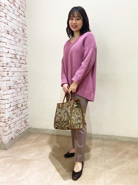 N. Natural Beauty Basic*のダブルクロスセンタープレスパンツを使ったコーディネートを紹介します。|Rakuten Fashion(楽天ファッション/旧楽天ブランドアベニュー)1070550