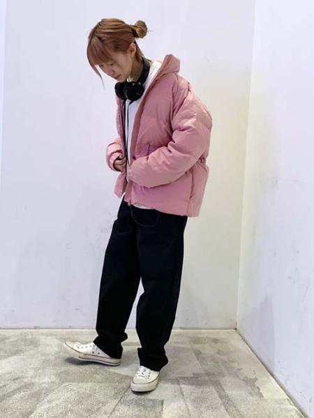 Levi'sのROSA FASHION DOWN BLUSHを使ったコーディネートを紹介します。|Rakuten Fashion(楽天ファッション/旧楽天ブランドアベニュー)1071382