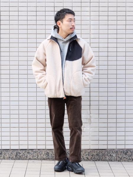 417 EDIFICEのコーデュロイブッチャーパンツを使ったコーディネートを紹介します。|Rakuten Fashion(楽天ファッション/旧楽天ブランドアベニュー)1071611