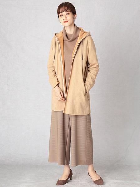 COMME CA ISMの《ウォッシャブル》スエード調 フーデットコートを使ったコーディネートを紹介します。|Rakuten Fashion(楽天ファッション/旧楽天ブランドアベニュー)1071883