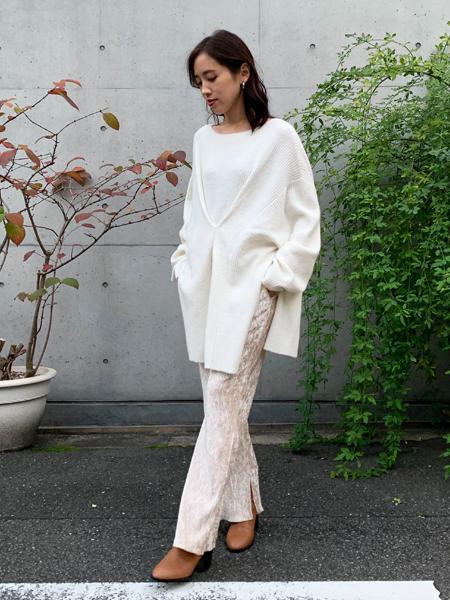 FROM FIRST MUSEEのフロントタックニットを使ったコーディネートを紹介します。|Rakuten Fashion(楽天ファッション/旧楽天ブランドアベニュー)1072509