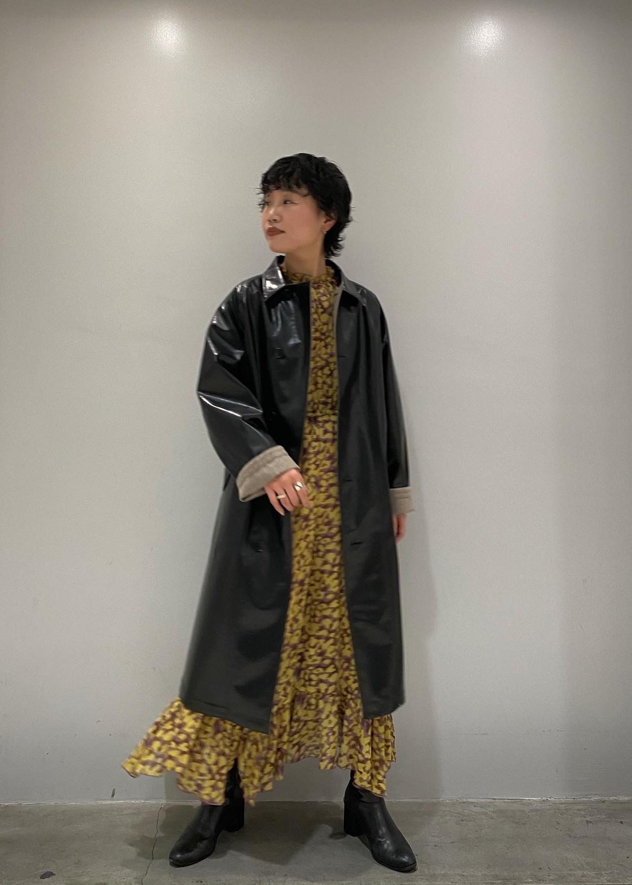 ADAM ET ROPE'のシフォンプリントドレスを使ったコーディネートを紹介します。|Rakuten Fashion(楽天ファッション/旧楽天ブランドアベニュー)1076978