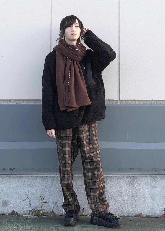 JUNRedのボアフリースワイドプルオーバーを使ったコーディネートを紹介します。|Rakuten Fashion(楽天ファッション/旧楽天ブランドアベニュー)1078070