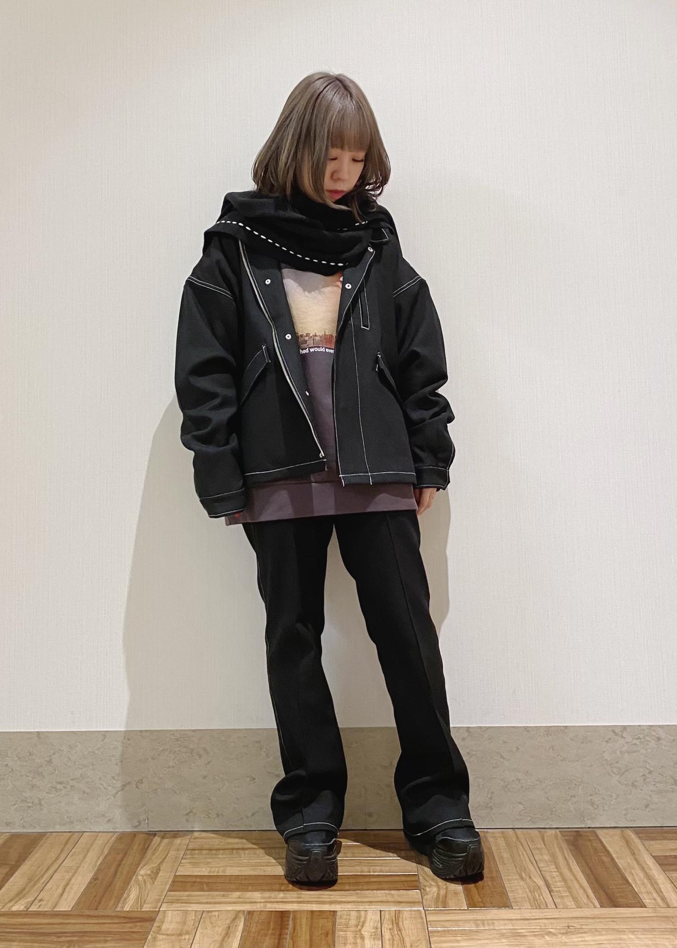 JUNRedのitiCONグラフィックモックネックスウェットを使ったコーディネートを紹介します。 Rakuten Fashion(楽天ファッション/旧楽天ブランドアベニュー)1078121