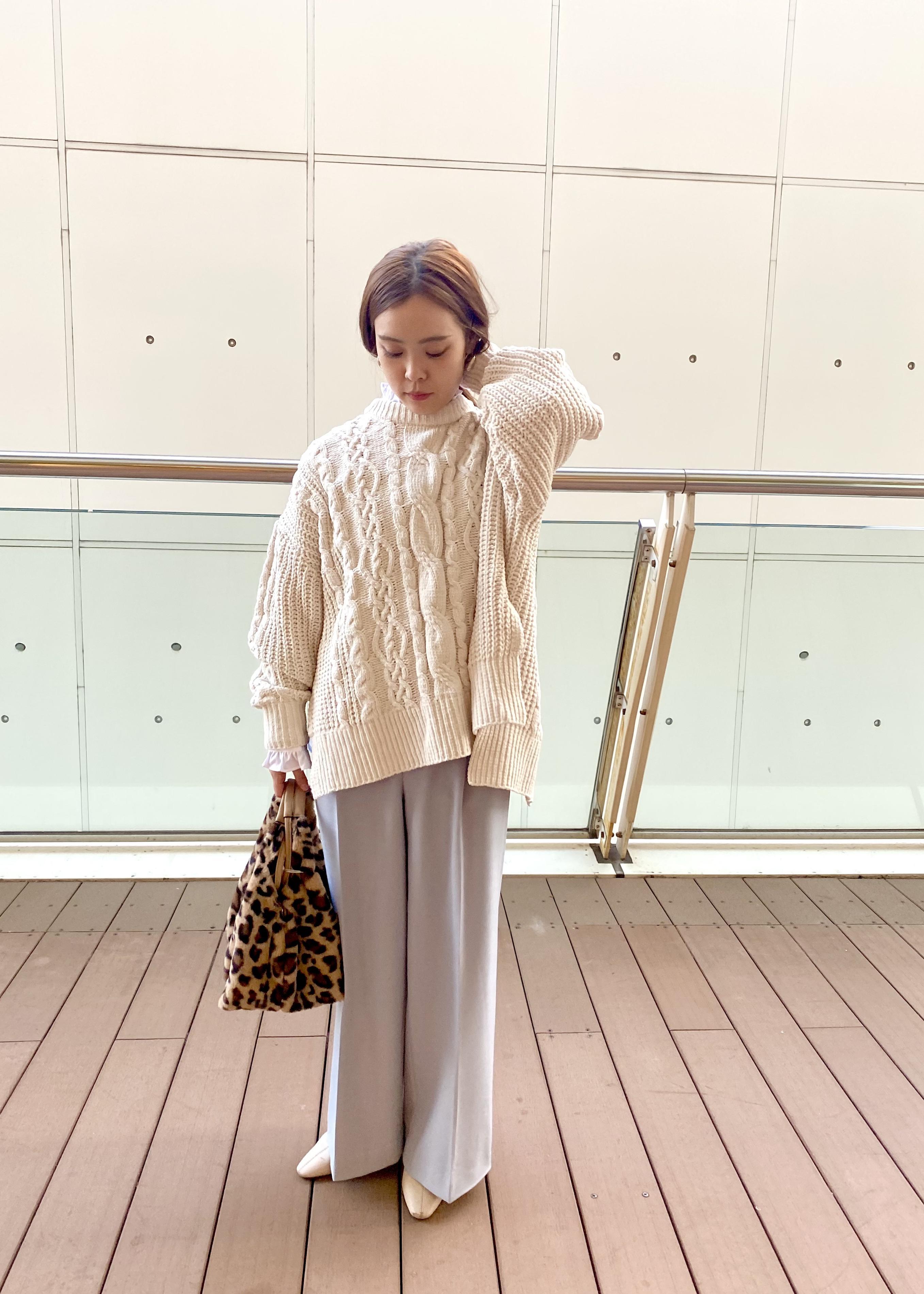 ViSの【HOT BEAUTY STRETCH】裏起毛あったかハイウエストワイドパンツを使ったコーディネートを紹介します。|Rakuten Fashion(楽天ファッション/旧楽天ブランドアベニュー)1078355