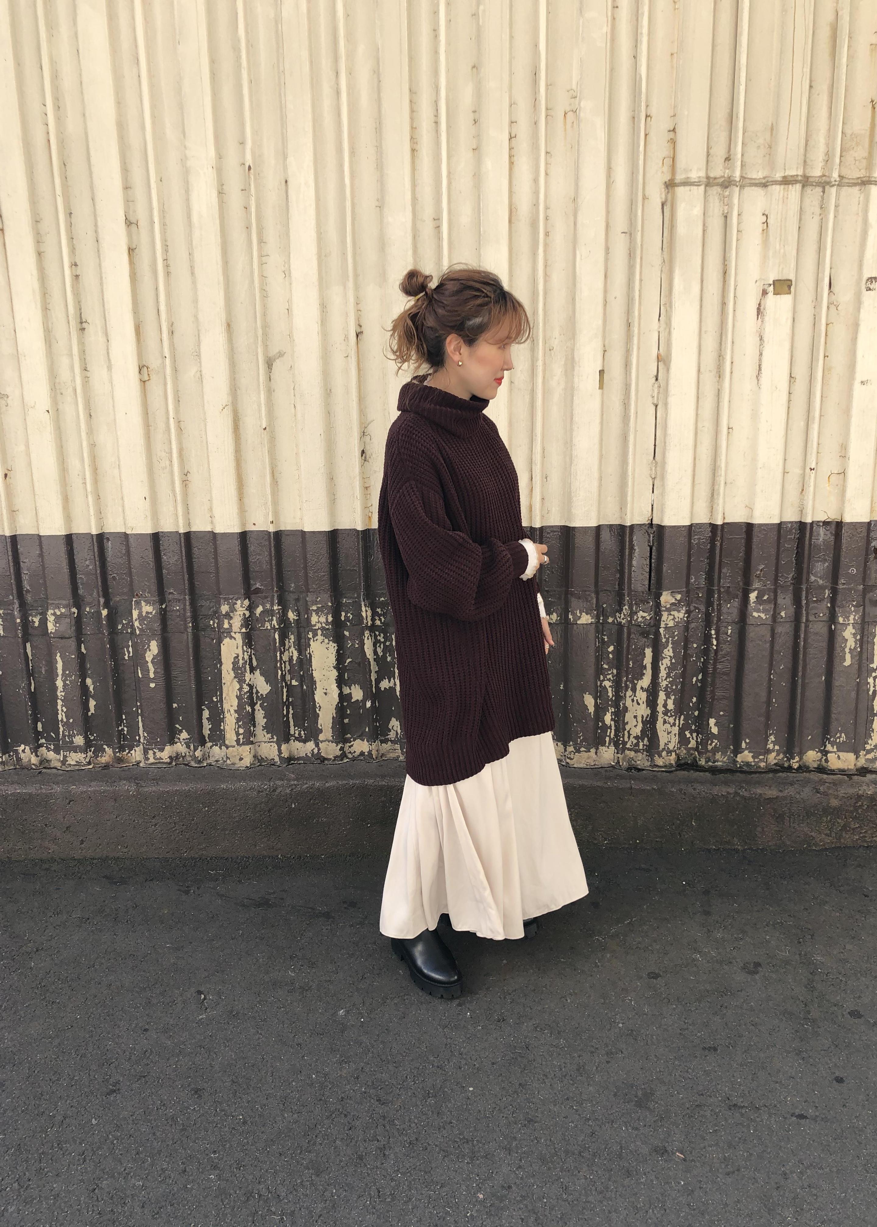 ViSのスエードサテンマーメイドスカートを使ったコーディネートを紹介します。|Rakuten Fashion(楽天ファッション/旧楽天ブランドアベニュー)1078290