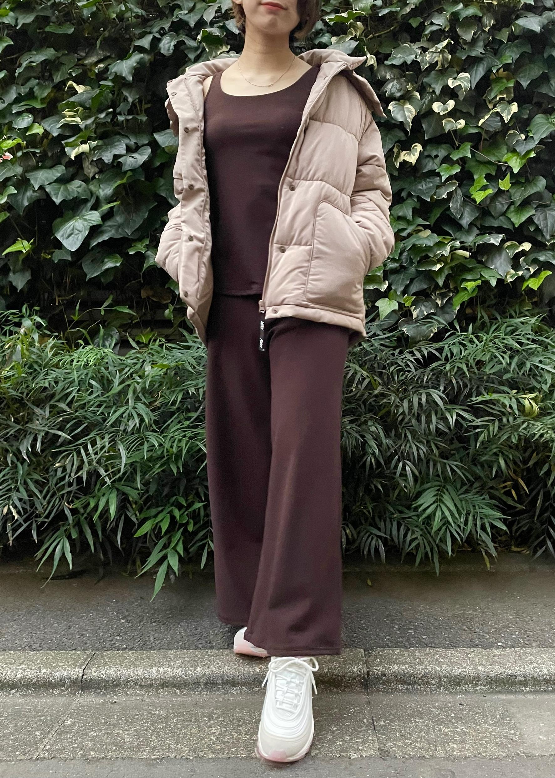 NERGYのYOGA ワイドイージーパンツを使ったコーディネートを紹介します。|Rakuten Fashion(楽天ファッション/旧楽天ブランドアベニュー)1078935