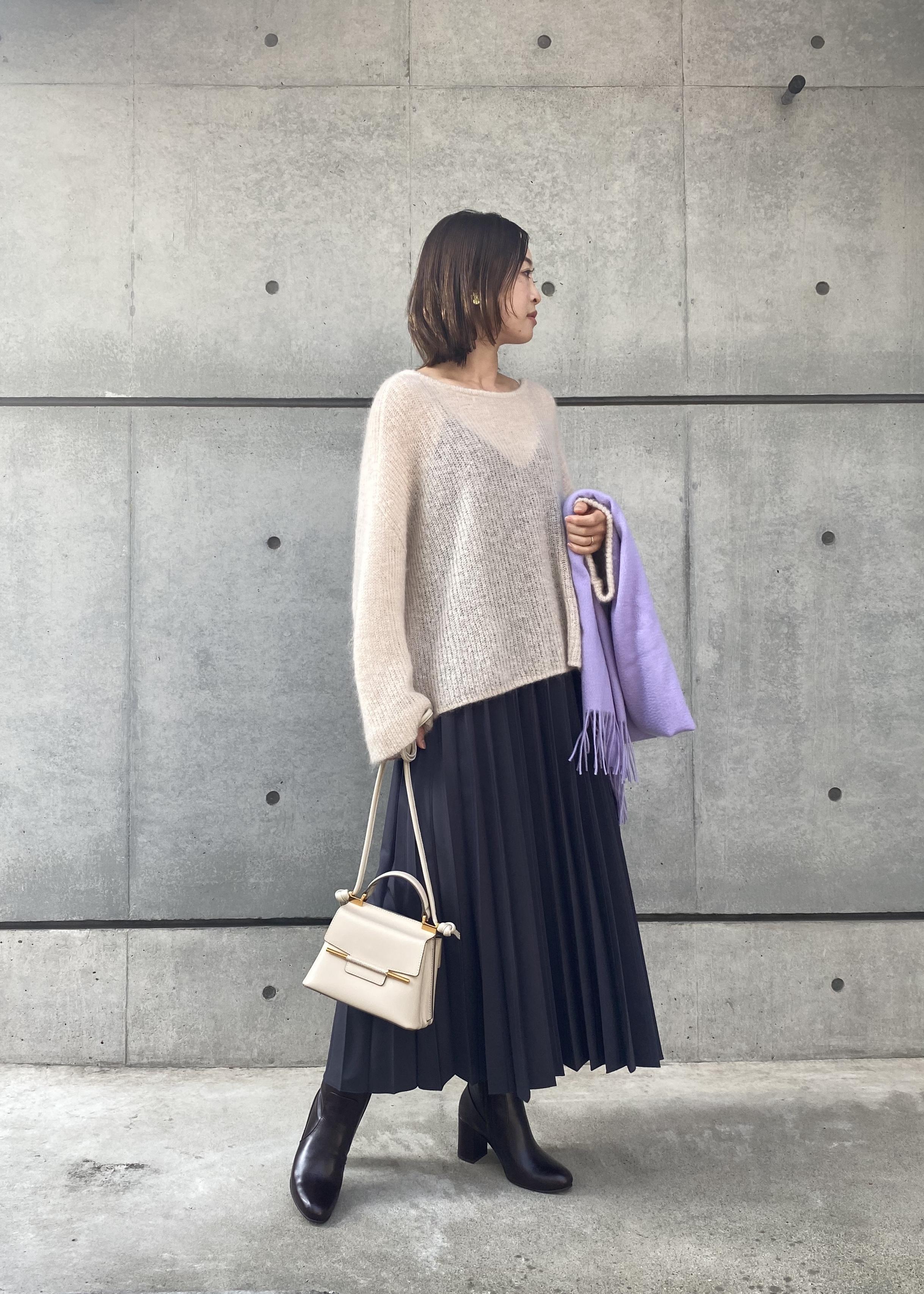 ROPE'のプリーツキャミソールドレスを使ったコーディネートを紹介します。 Rakuten Fashion(楽天ファッション/旧楽天ブランドアベニュー)1078889