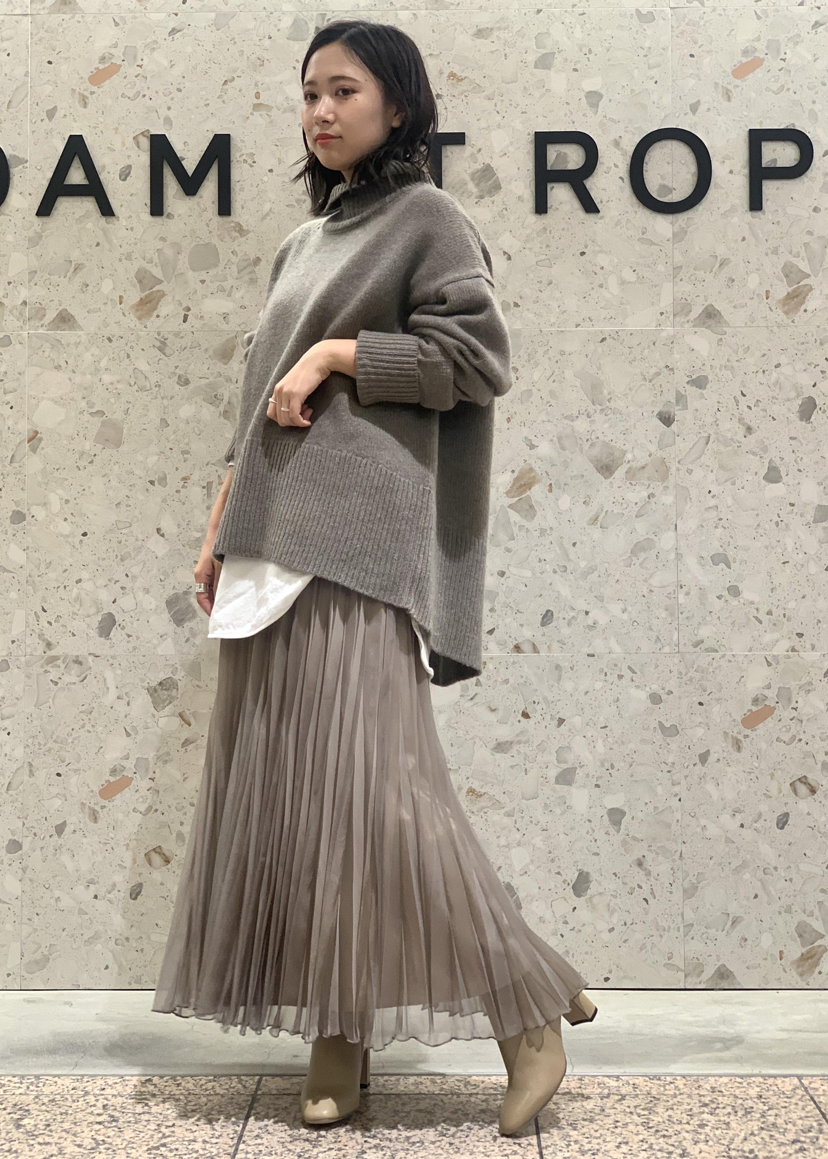 ADAM ET ROPE'の【INもOUTも】クルーネックコットンチュニックTEEを使ったコーディネートを紹介します。|Rakuten Fashion(楽天ファッション/旧楽天ブランドアベニュー)1079965