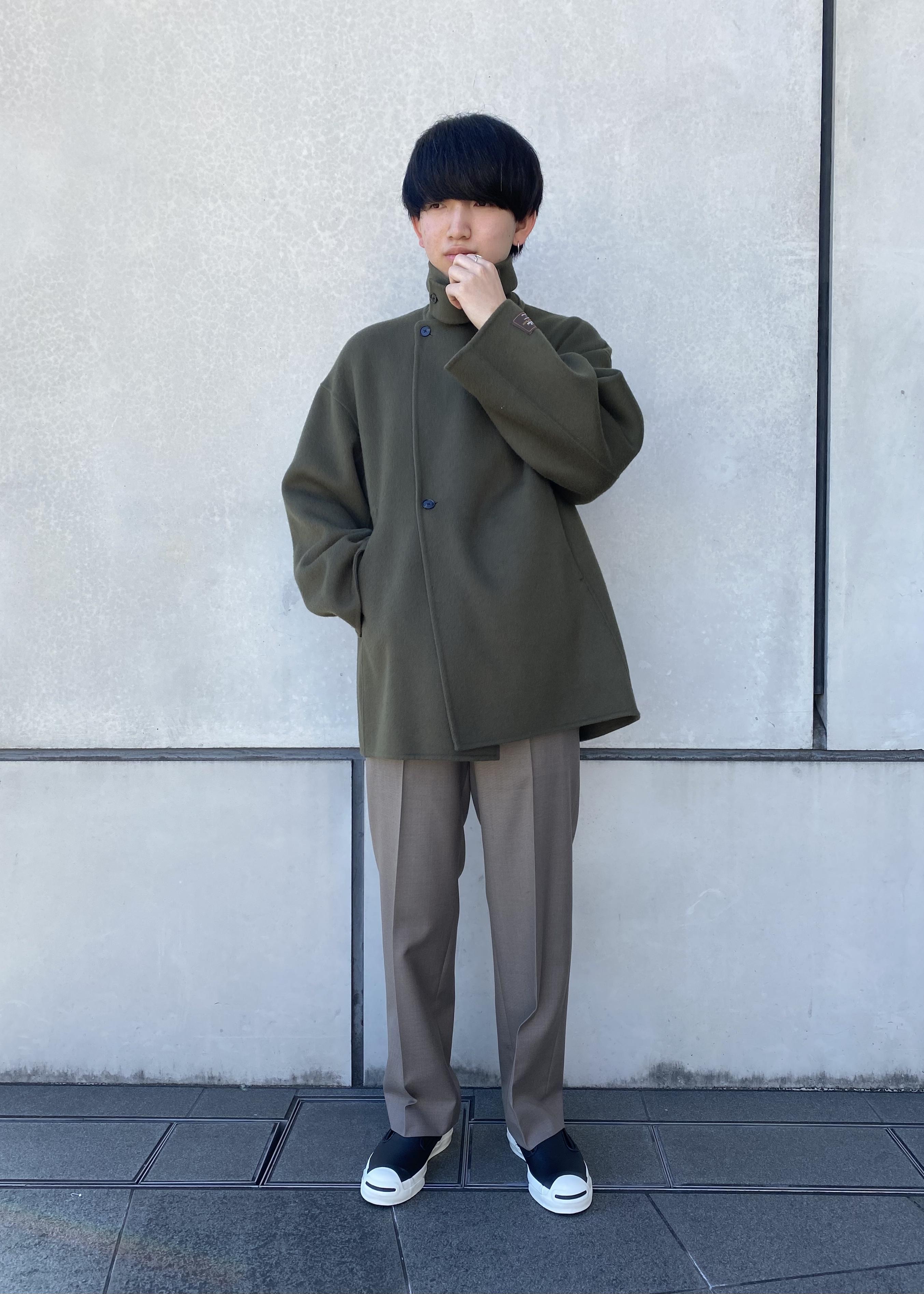 ADAM ET ROPE'の【NIKKE】CELL SERGE スラックスを使ったコーディネートを紹介します。|Rakuten Fashion(楽天ファッション/旧楽天ブランドアベニュー)1080011