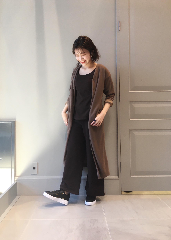 NERGYのYOGA ワイドイージーパンツを使ったコーディネートを紹介します。|Rakuten Fashion(楽天ファッション/旧楽天ブランドアベニュー)1080045