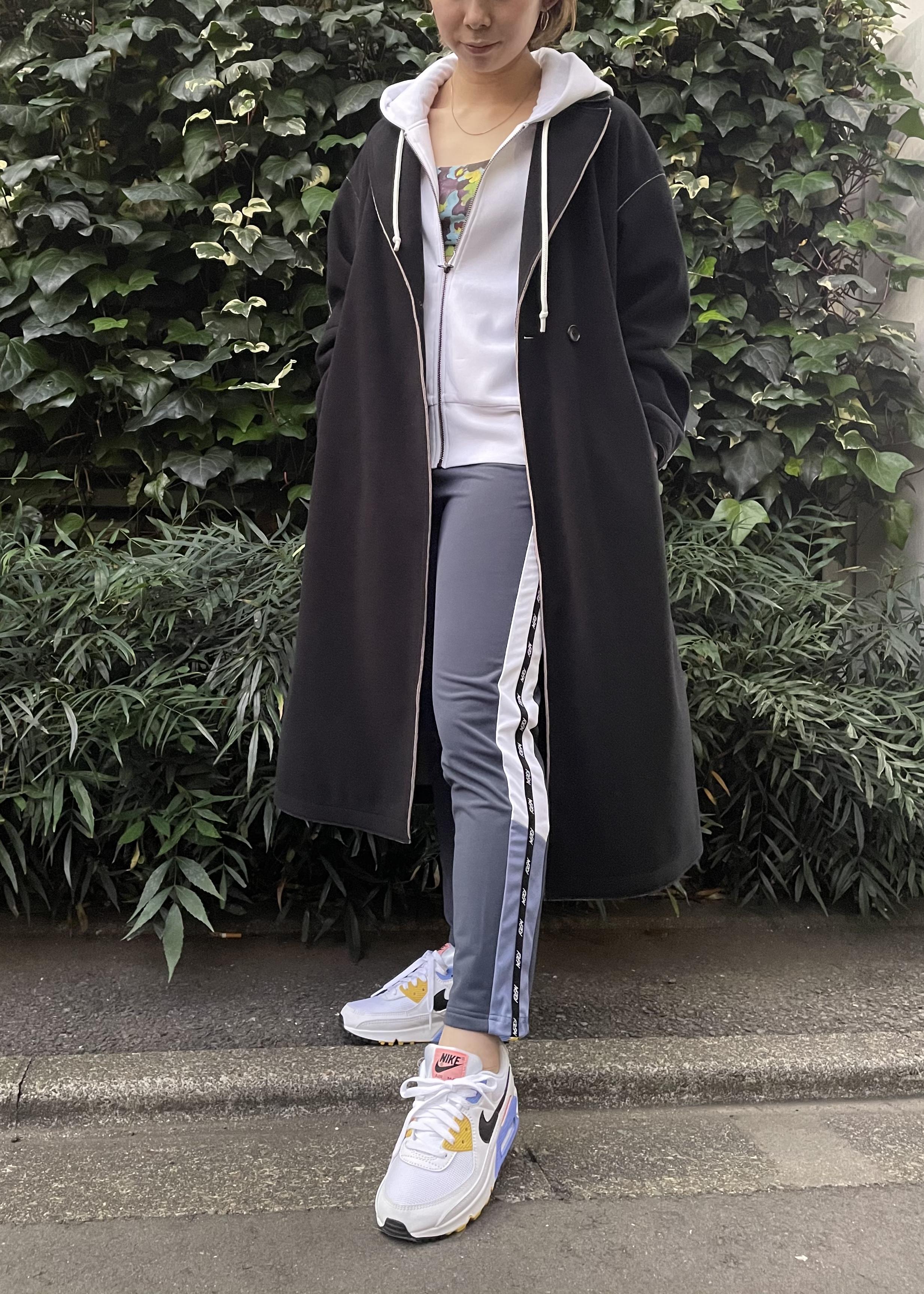 NERGYのスピンドル裏起毛サイドロゴパンツを使ったコーディネートを紹介します。 Rakuten Fashion(楽天ファッション/旧楽天ブランドアベニュー)1080662