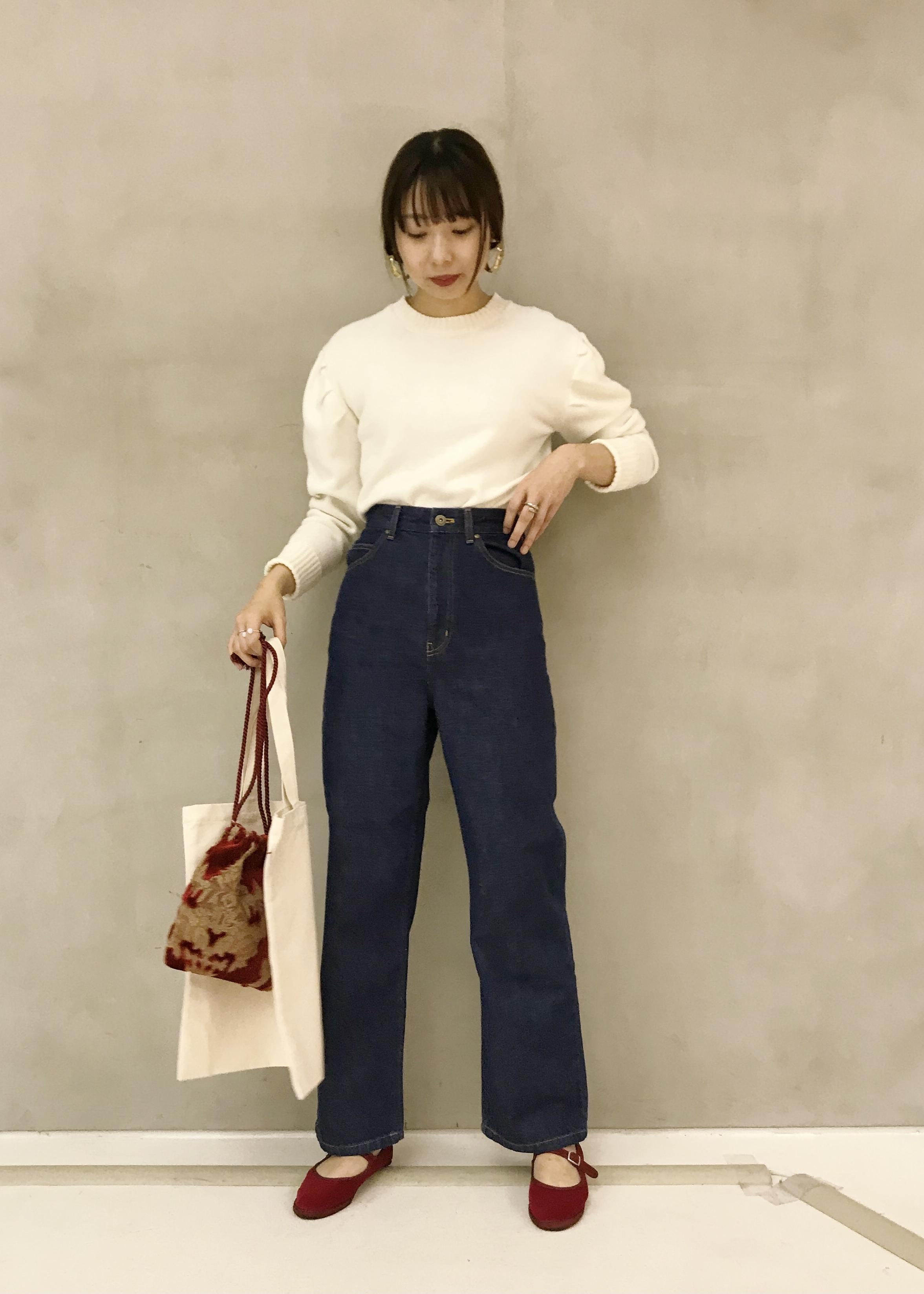 ROPE'のハイウエストストレートワイドデニムを使ったコーディネートを紹介します。|Rakuten Fashion(楽天ファッション/旧楽天ブランドアベニュー)1080723