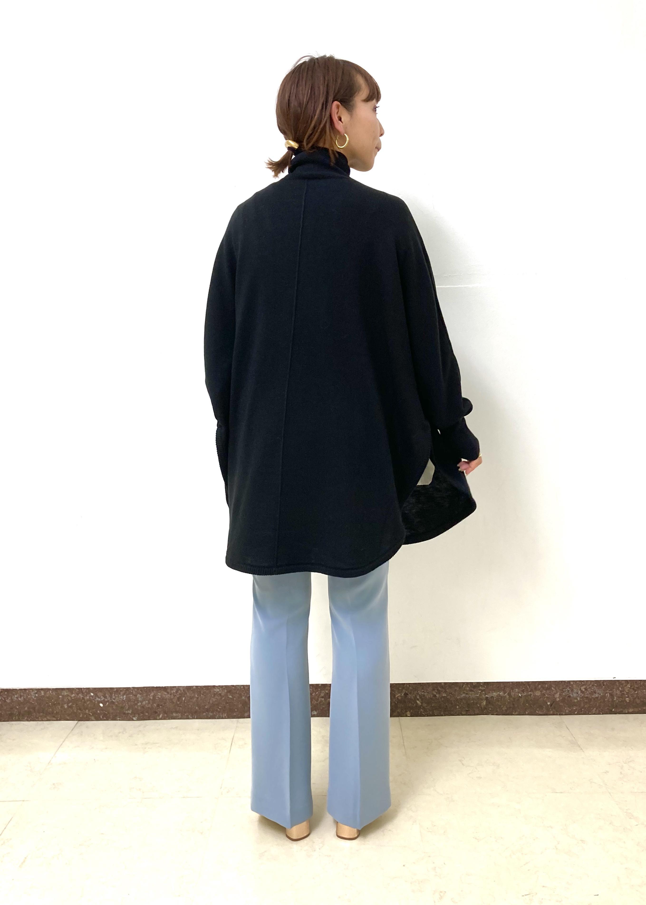 ADAM ET ROPE'のタートルポンチョプルオーバーを使ったコーディネートを紹介します。|Rakuten Fashion(楽天ファッション/旧楽天ブランドアベニュー)1080369